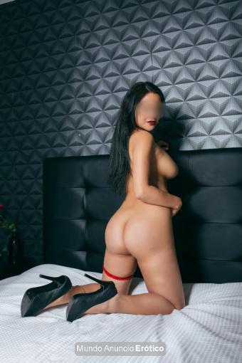Fotos de Laura torbellino latino, 25 años